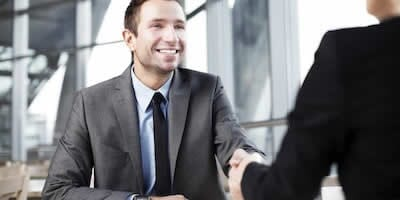 Quel costume pour un entretien d'embauche ?